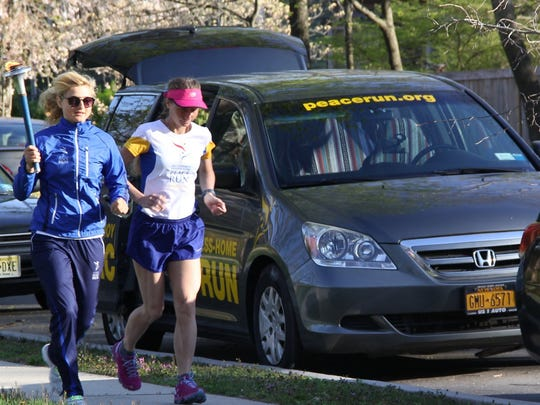 Two runners from Ukraine are participating in the Sri