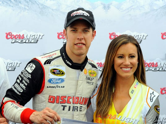 USP NASCAR_ Quaker State 400-Qualifying