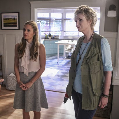 Maggie Lawson, left, and Jane Lynch star in the first-season CBS comedy, 'Angel From Hell.'