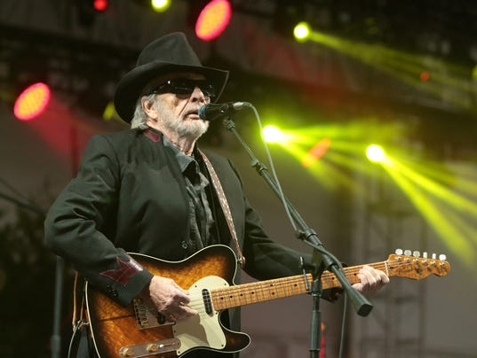 AP PEOPLE-MERLE HAGGARD A FILE ENT USA DE