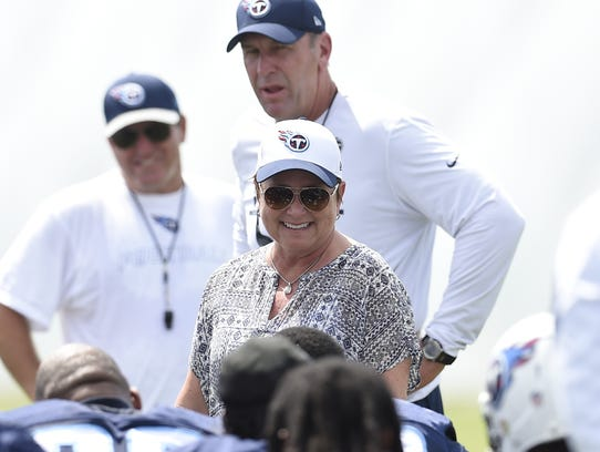 NFL fined Titans 'six figures' for ownership structure