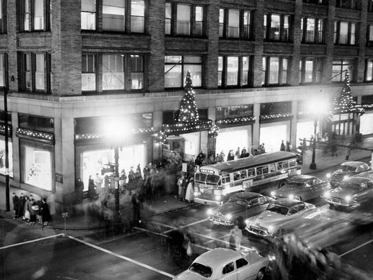 December 1953: Sibley's department store bedecked for