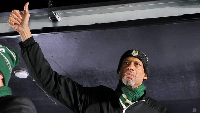 Former Bucks center Kareem Abdul-Jabbar spoke at the Milwaukee Theatre on Thursday night.