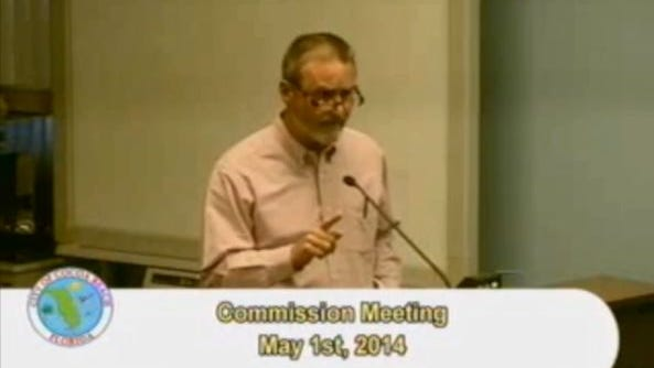 Screengrab from video. Tony Sasso at the May 1, 2014, Cocoa Beach commission meeting.