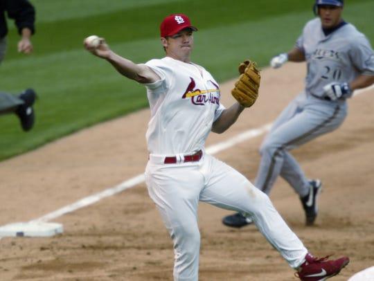 ST. LOUIS - MARCH 31:  Scott Rolen #27 of the St. Louis