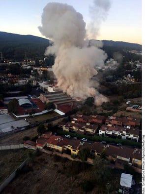 Bomberos acudieron a sofocar el fuego al Hospital Materno