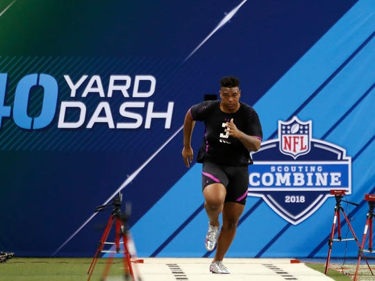 Oklahoma Sooners offensive lineman Orlando Brown runs the 40 yard dash during the 2018 NFL Combine at Lucas Oil Stadium.