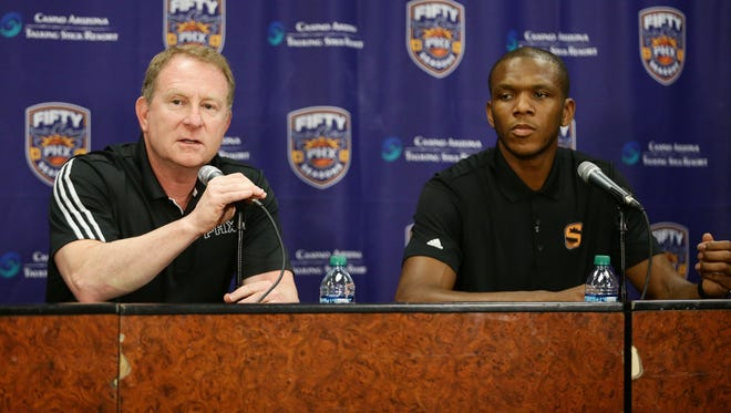 Phoenix Suns Partner Robert Sarver announces James Jones, as the new Vice President of Basketball Operations Managing during a press conference on Wednesday, Jul 19, 2017 at Taking Stick Resort Arena in Phoenix, Ariz.