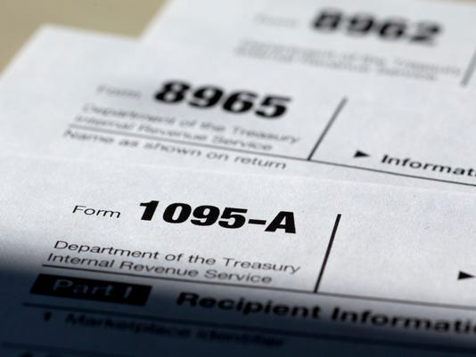 635647048036834118-tax-forms