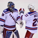 Rangers rout Canucks, 7-2