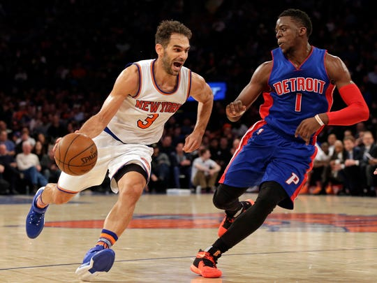 New York Knicks guard Jose Calderon drives to the basket