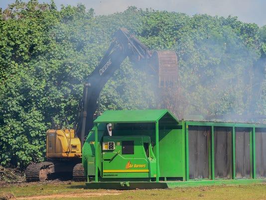 636498463892652416-green-waste-01.jpg