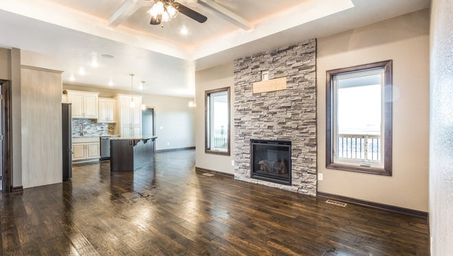 Interior photo of a newly built Sioux Falls home participating in the 2018 Spring Parade of Homes.