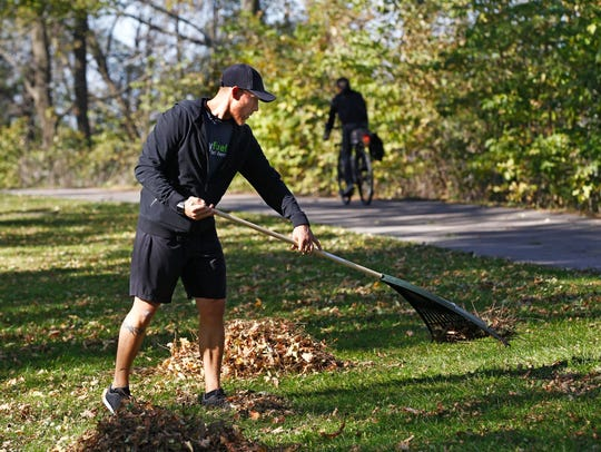 Eric Gramza shows you how to multitask - working an exercise sequence into leaf raking.