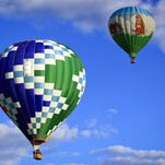 Hot air balloon makes emergency landing at Colorado airport