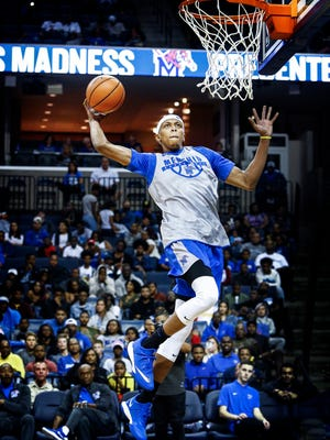 Memphis' Jimario Rivers competes in the dunk competition during Memphis Madness on Oct. 12 at FedExForum.