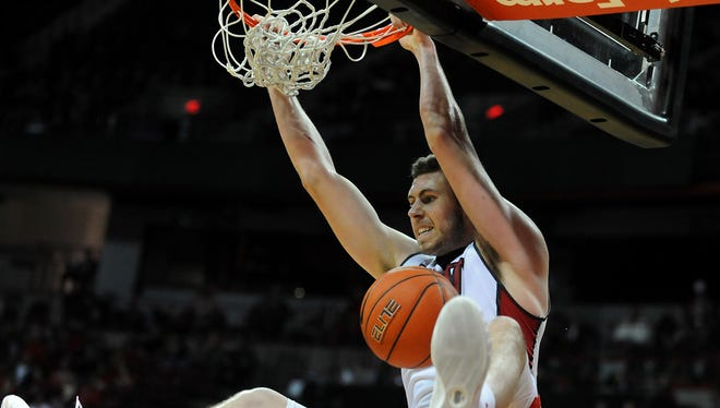 Ben Carter,   UNLV graduate transfer suffered a second knee injury this year over the weekend and will again require surgery.