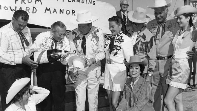 Jack Dempsey, Ray Margolis, Ray Ryan, Maggie Hicks, Joan Whitney, Roberta Linn and others prior to their trip to Texas.