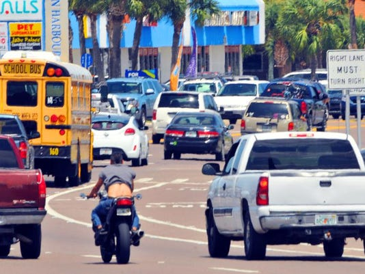 BEACHSIDE TRAFFIC EAU GALLIE BOULEVARD
