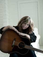 Gretchen Peters will perform along with Kathy Mattea, Mary Gauthier and Tom Paxton on Sunday at the Halloran Centre.