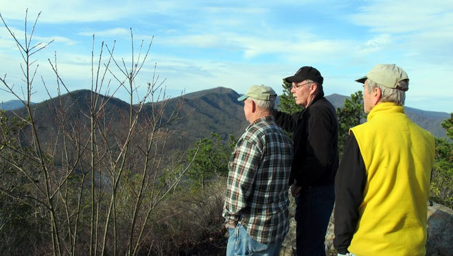 The 4.2-mile Spanish Castle hike is the first hike in the 2018 Swannanoa Valley Rim Explorer Hike series that visits the highest peaks encircling the Swannanoa Valley.