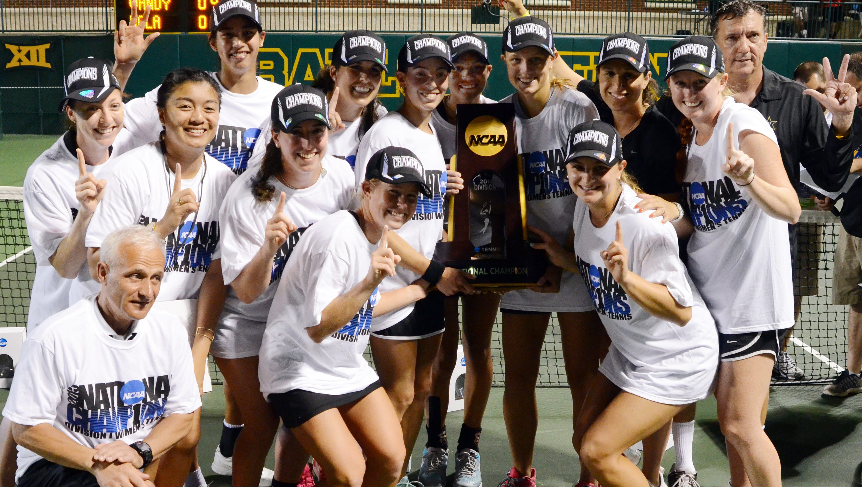635890785561869547-vandy-tennis-ncaa-title