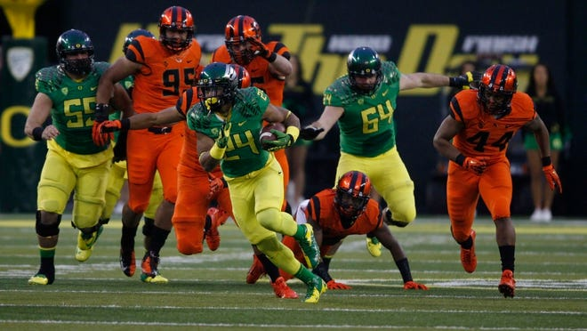 A variety of venues are hosting viewing parties for the Civil War game which pits the Oregon Ducks against the Oregon State Beavers.