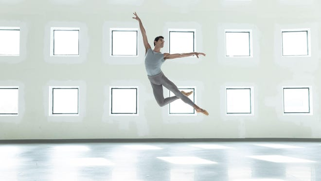 """Miami City Ballet principal dancer Renan Cerdeiro rehearsed virtually with choreographer Durante Verzola and was filmed alone in the company's studio for Verzola's """"A Dance for Heroes."""" The piece will debut at 8 p.m. Friday on the company's Facebook page."""