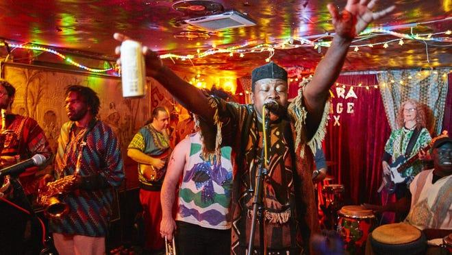 The Sahara Lounge offers a virtual Africa Night featuring Ibrahim Aminou's Zoumountchi on Saturday.