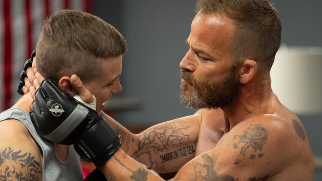 Cash (Stephen Dorff) tries to toughen up his son Jett (Darren Mann).