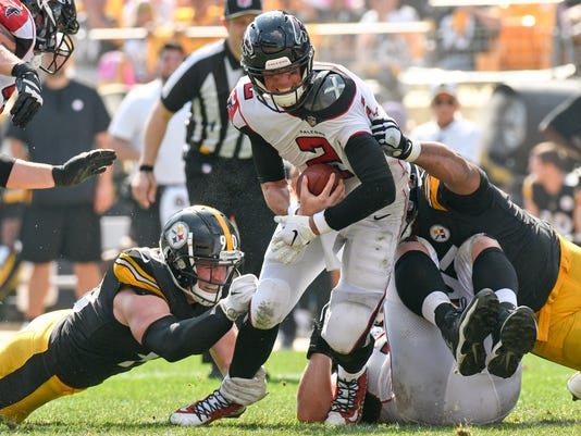 Falcons_Steelers_Football_88446.jpg