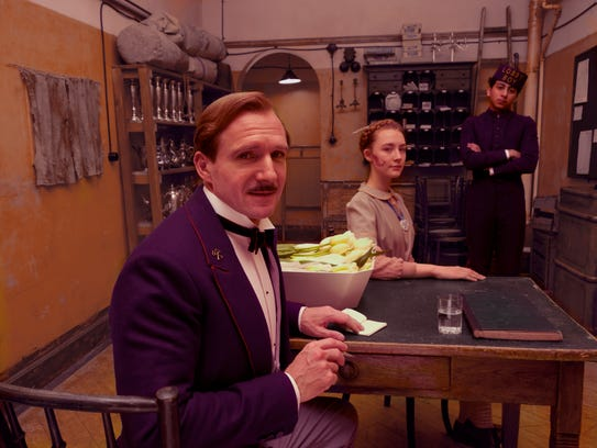 Ralph Fiennes, Saoirse Ronan, and Tony Revolori in