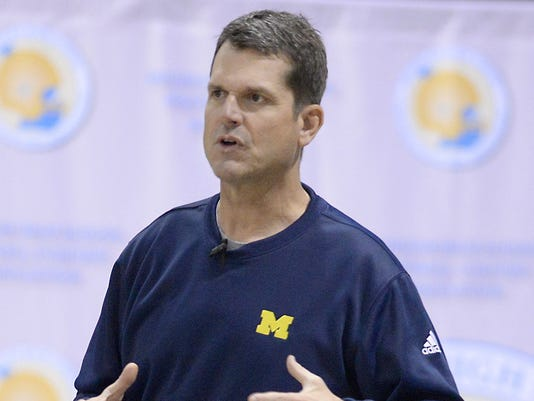 635575161656389364-harbaugh-coaches-clinic-2