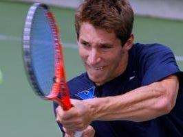 Jimmy. Roebker and partner Tyler Fraser were the winning team in Sunday's men's Met doubles championship.
