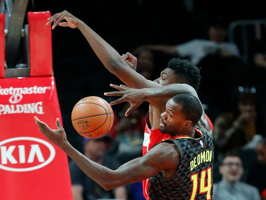 Wizards_Hawks_Basketball_37852.jpg