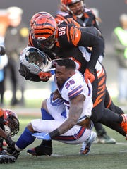 Mike Gillislee left Bills practice early Wednesday with a hamstring injury.