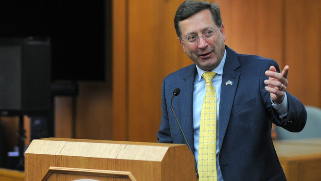 File photo of Sioux Falls Mayor Mike Huether
