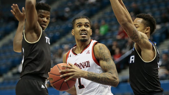 University of Cincinnati guard Jacob Evans is among the top returnees for the Bearcats, who are receiving multiple Top 25 preseason recognition.