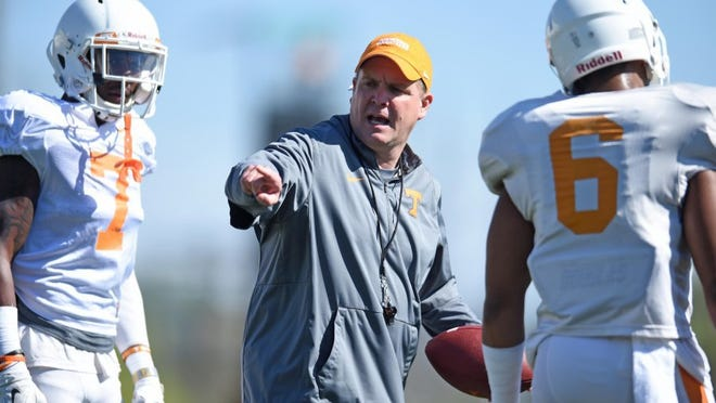 Tennessee defensive coordinator Bob Shoop, center, instructs Tennessee safeties Rashaan Gaulden (7) and Todd Kelly Jr. (6) during spring practice at Haslam Field on Tuesday, March 29, 2016. (ADAM LAU/NEWS SENTINEL)