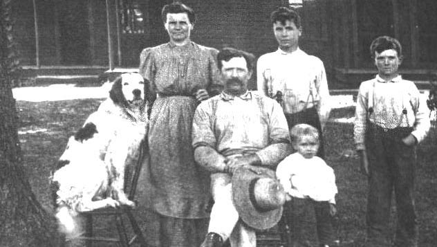 Harley Ward, who lived near Butler with his grandparents and uncles, loved to tell stories about his talented dog, Old Scott.