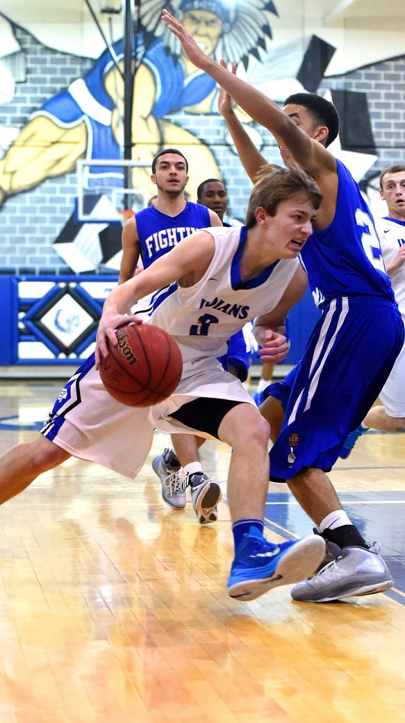 Fort Defiance's Joshua Clifton takes the ball around
