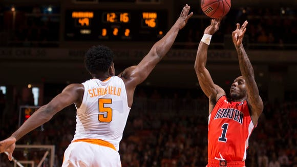 Auburn guard Kareem Canty with a jump shot over Tennessee's Admiral Schofield in the Tigers 83-77 win on Jan. 2, 2016. Canty announced on Feb. 11 that he's leaving Auburn in order to turn professional.
