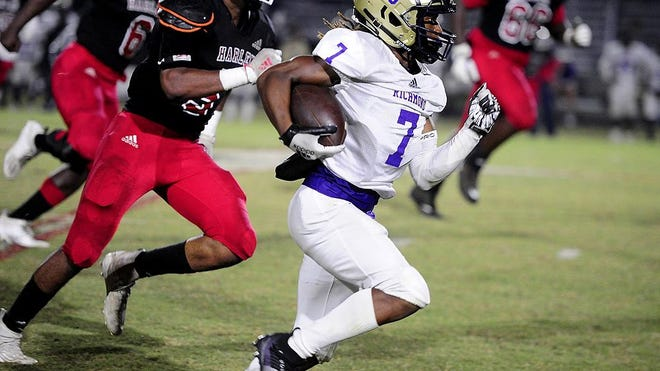 Kellen McDuffie of ARC (7) runs for a touchdown after a reception against Harlem at the high school football game between ARC and Harlem on October. 9, 2020 in Harlem, Ga.