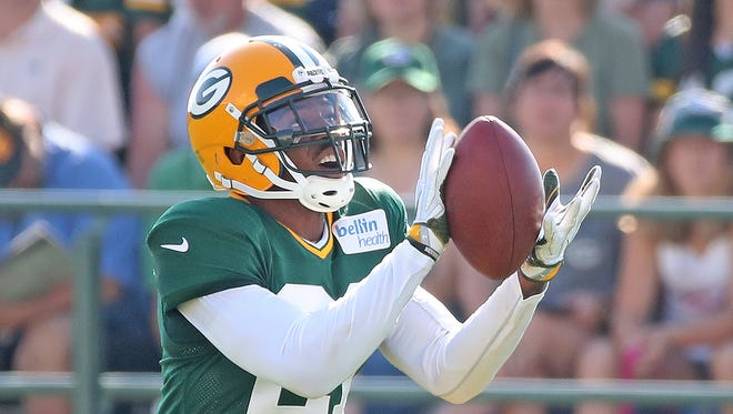 Green Bay Packers free safety Ha Ha Clinton-Dix (21) catches a ball during training camp Monday, July 31, 2017, at Ray Nitschke Field in Ashwaubenon, Wis.
