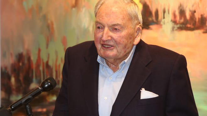 David Rockefeller greets the crowd at the Rockefeller State Park Preserve in Pleasantville in 2015 at a ceremony to honor him for donating $4 million to establish an operating endowment supporting the park.