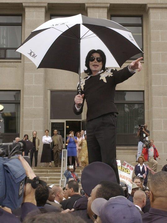2009 98329831-Travel_Trip_Michael_Jackson_NY433.jpg_20090817.jpg