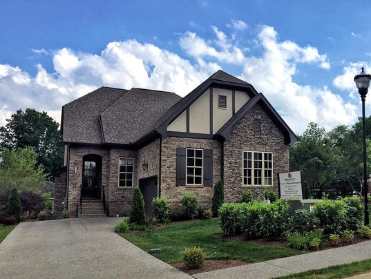 Lake Living Lower Prices Lure Buyers To Sumner County