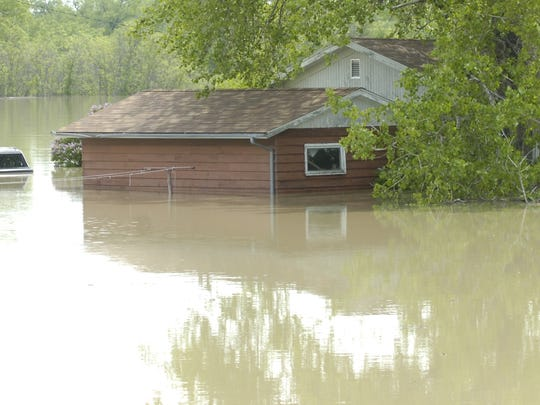 Images of the 2011 floods across the state of Montana