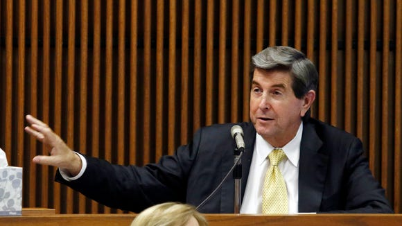 Former Alabama Gov Bob Riley testifies during the Alabama Speaker Mike Hubbard trial on Friday, June 3, 2016  in Opelika, Ala. (Todd J. Van Emst/Opelika-Auburn News via AP, Pool)