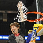 Leading injury-plagued Notre Dame women to Final Four may be Muffet McGraw's greatest coaching job yet